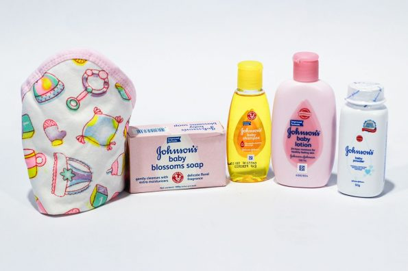 johnson_s-5-baby-products-in-jar-set-pack